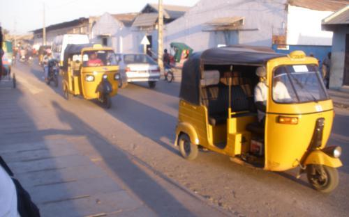 Quelques taxis de la Grande Île
